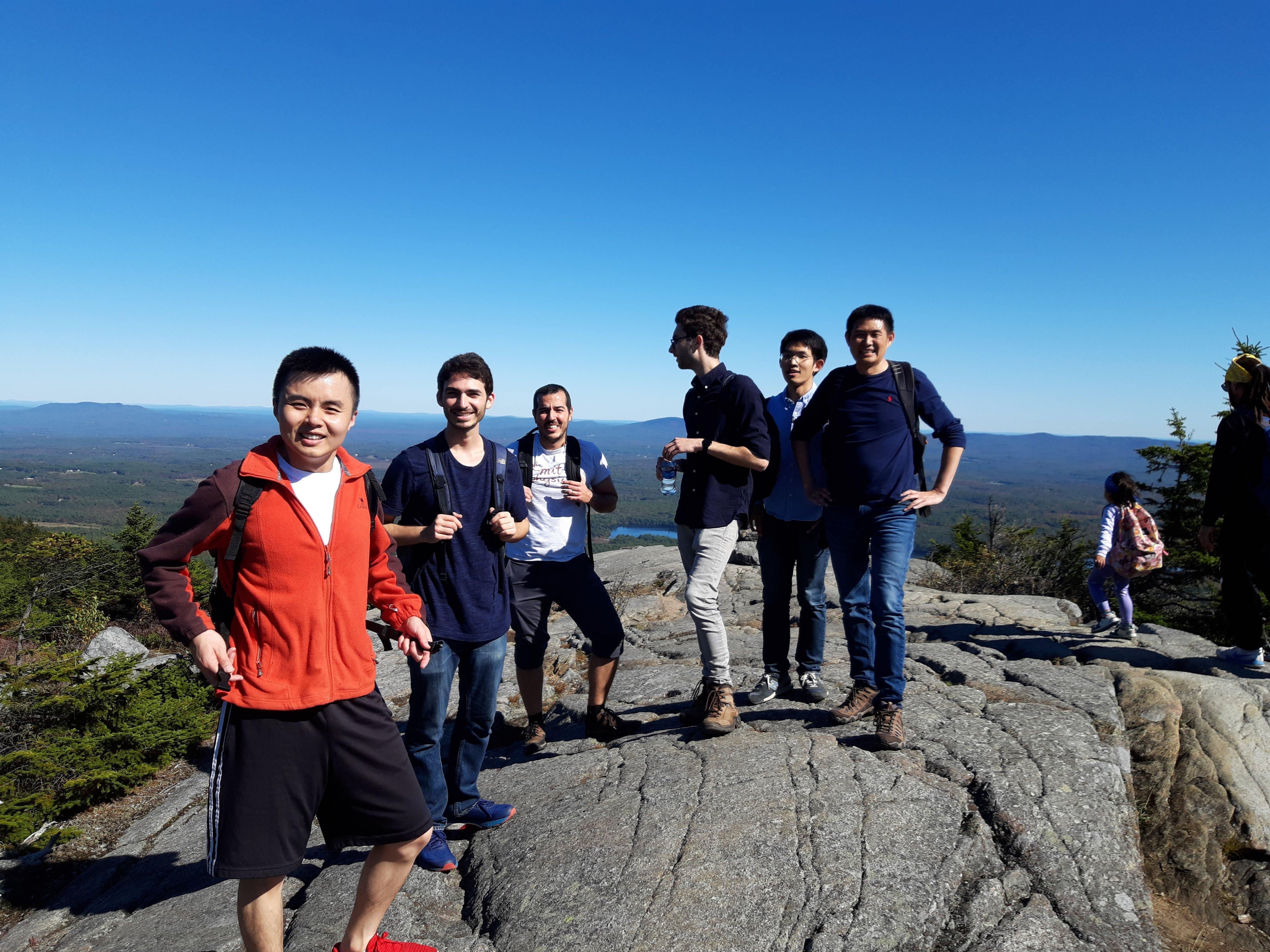 Group hike @ Mount Monadnock (Oct '19)